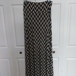 Mystiq Muse Print Maxi Skirt